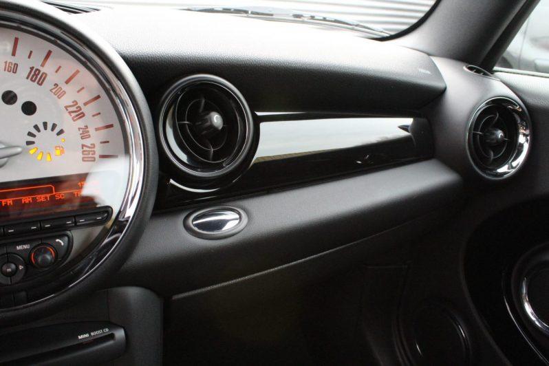 MINI Cooper 1.6 10Years volledig