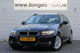 BMW 318i Touring Executive Automaat
