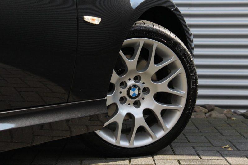 BMW 320i Touring High Executive volledig