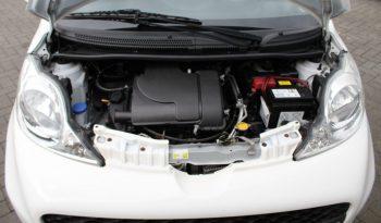 Peugeot 107 1.0 12v xs 5drs volledig