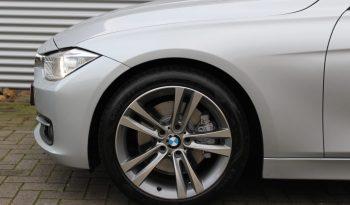 BMW 328i Sport-Line Automaat volledig