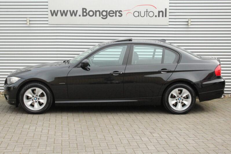 BMW 318i Executive Automaat volledig