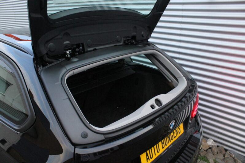 BMW 320i Touring Executive Automaat volledig