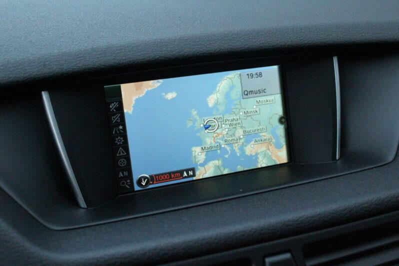 BMW X1 sDrive 18i Sport Line Automaat volledig