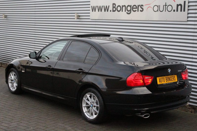 BMW 318i Executive volledig